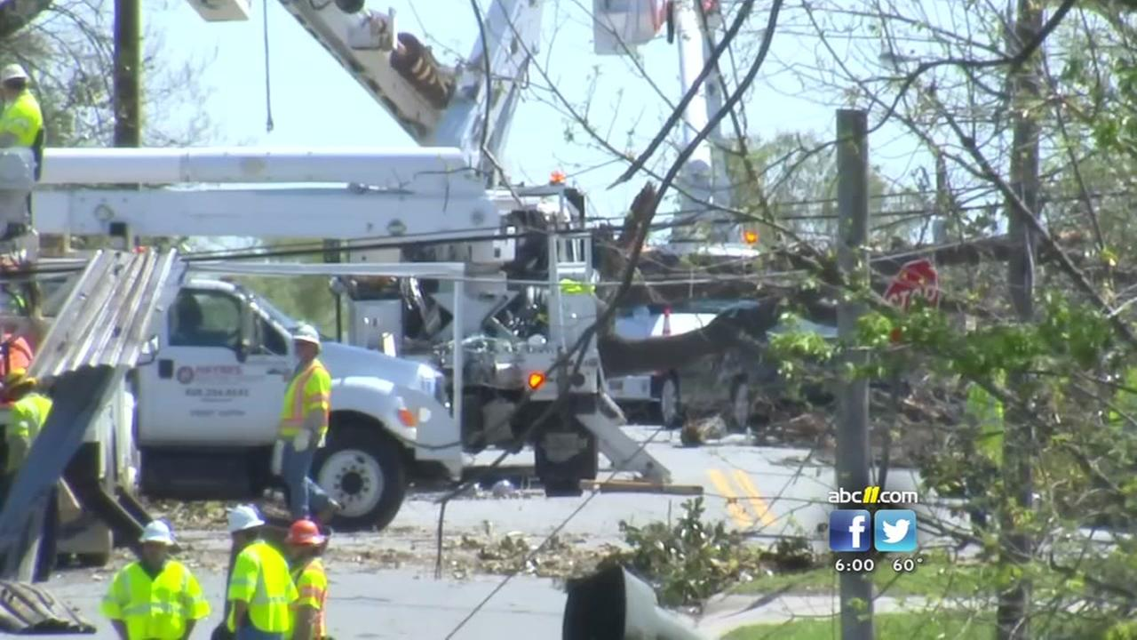 Greensboro rallies to clean up after tornado
