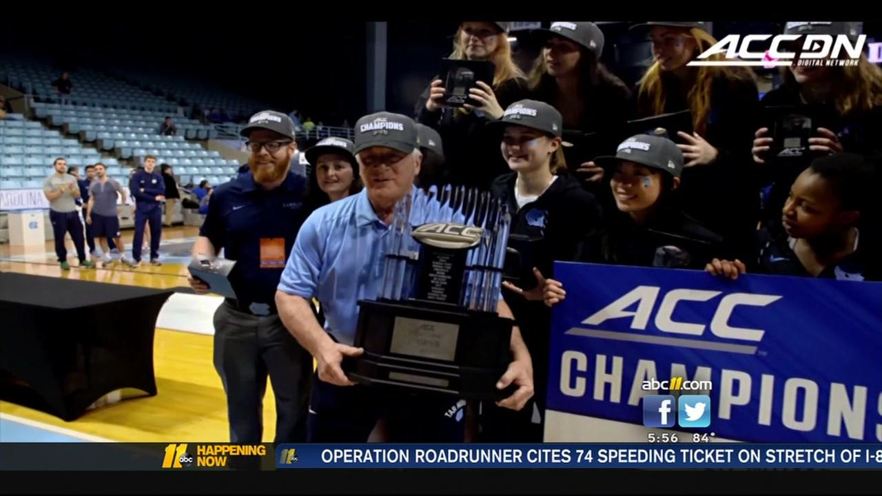 UNC Fencing coach retires