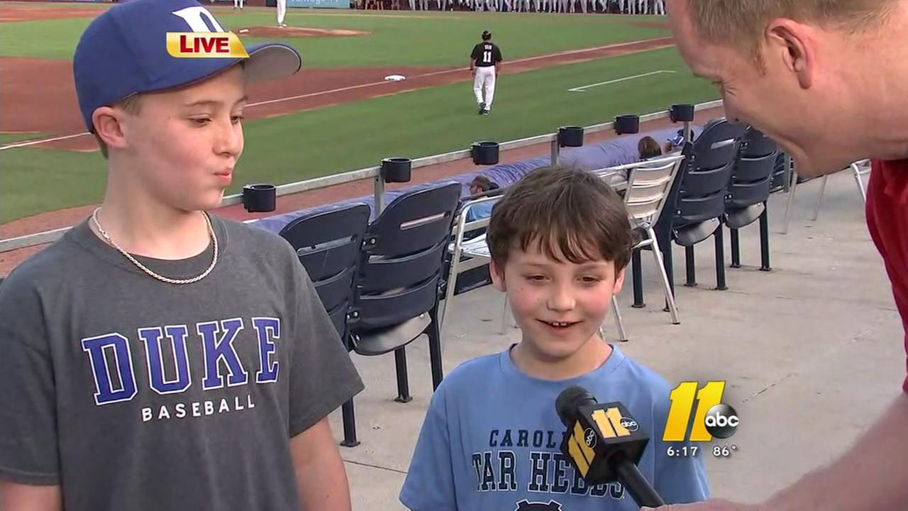 Young Duke fan creates special moment for younger UNC fan