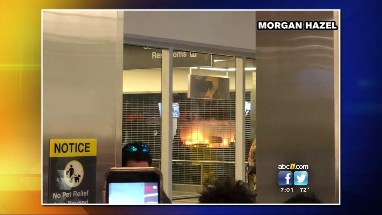 Passengers allow back into Terminal 1 at RDU after small kitchen fire