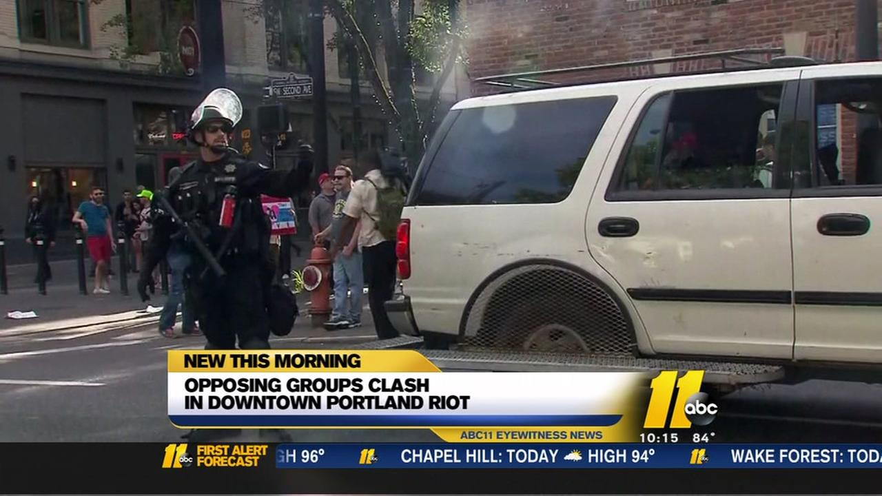 Opposing groups clash in downtown Portland riot
