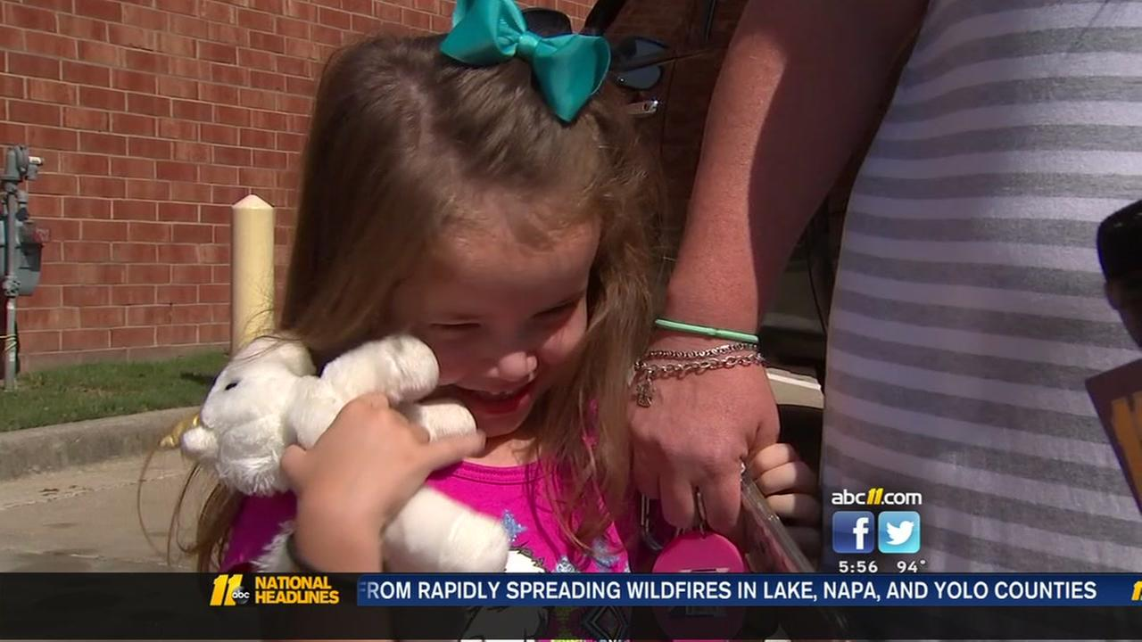 Wake County mom thanks firefighters who saved child from hot, locked car