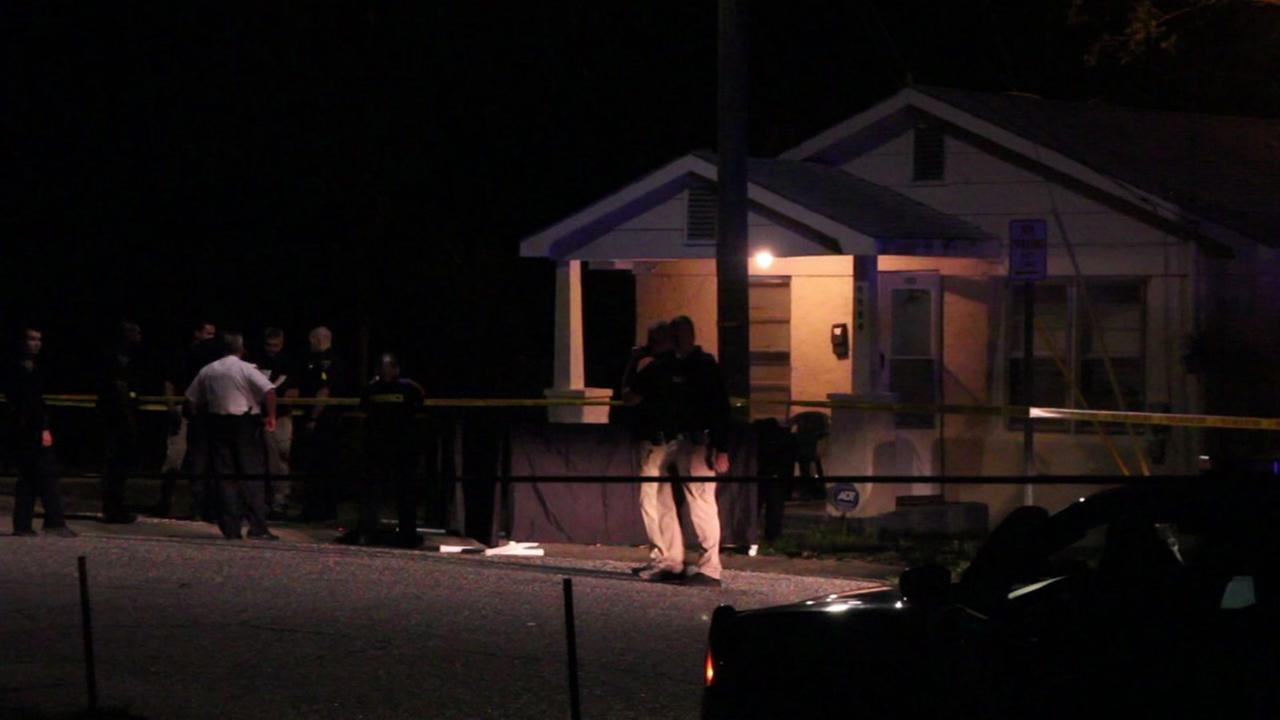 1 fatally shot in Fayetteville home; Suspect on the loose