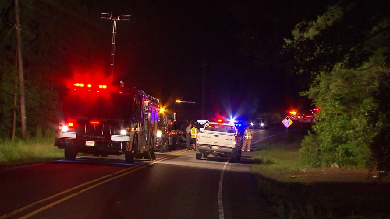 Crash in Johnston County kills 2
