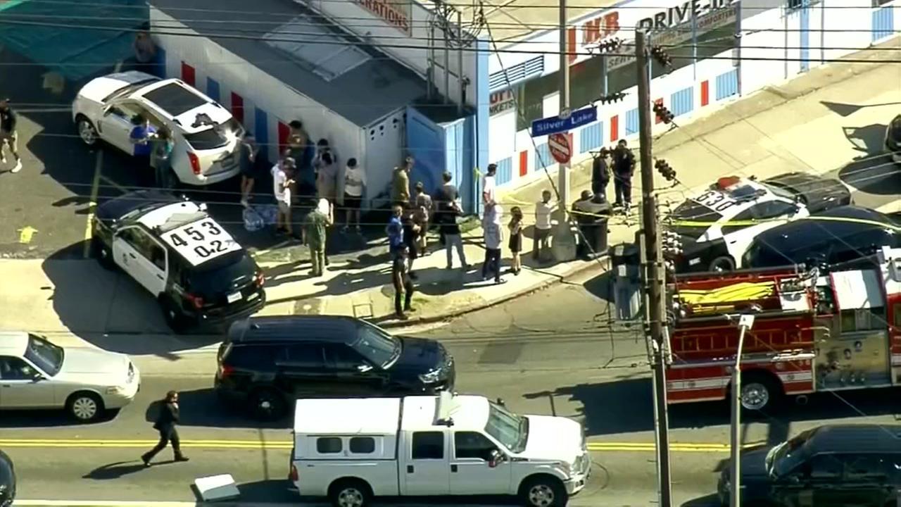 Los Angeles Trader Joes barricade: 1 dead, suspect in custody