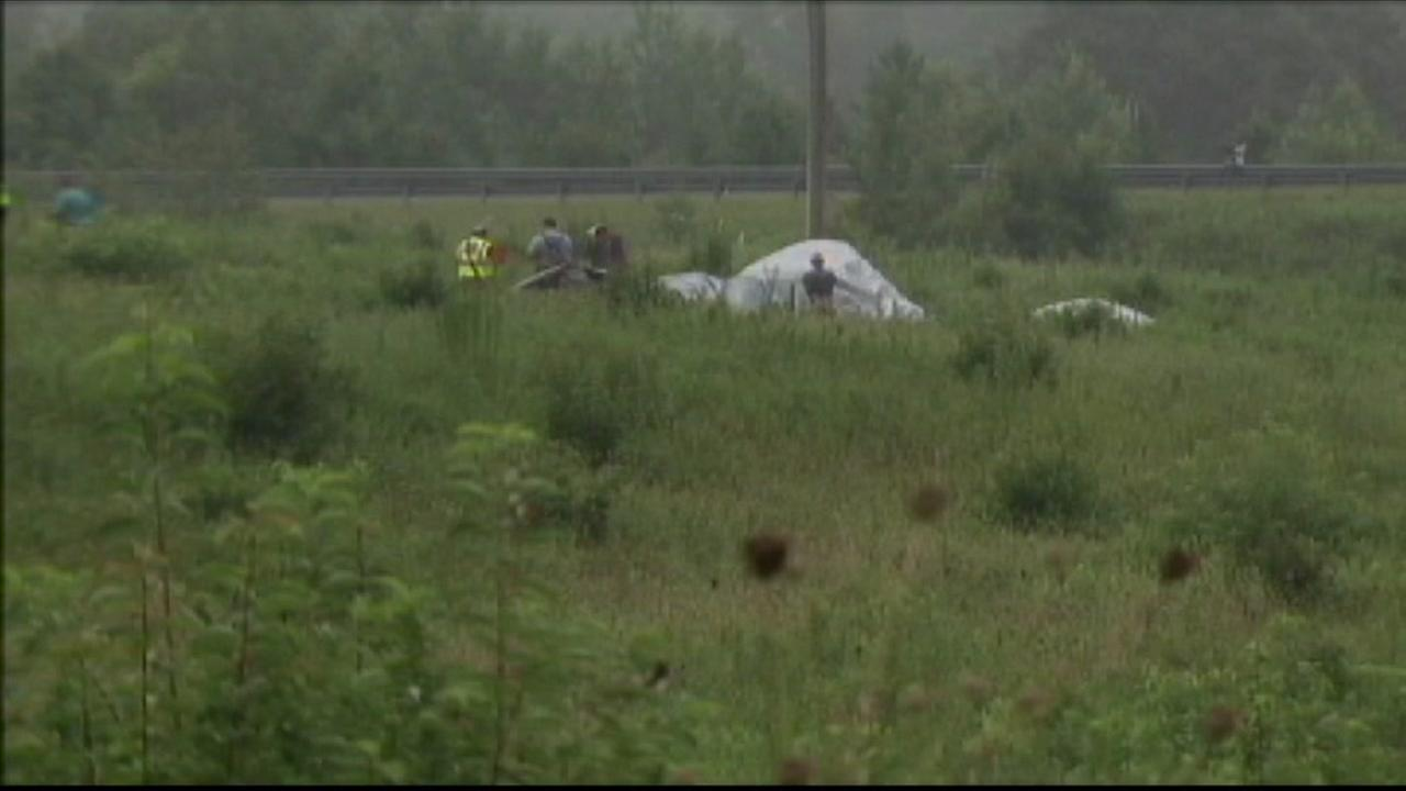 2 dead after plane crashes in Lincoln County field