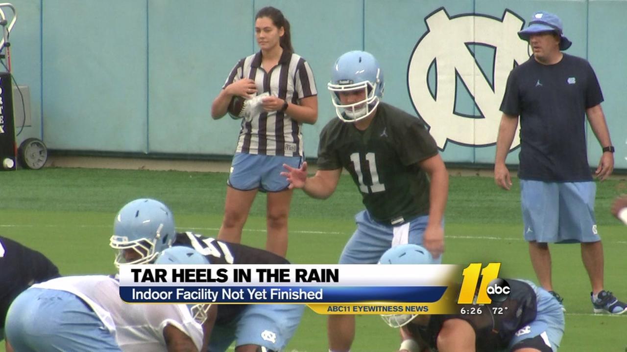 Tar Heels practice in the rain