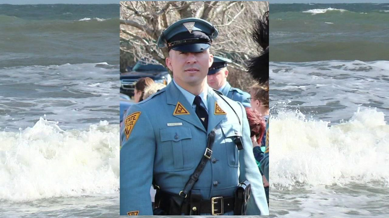 New Jersey state trooper rescues woman off NC coast