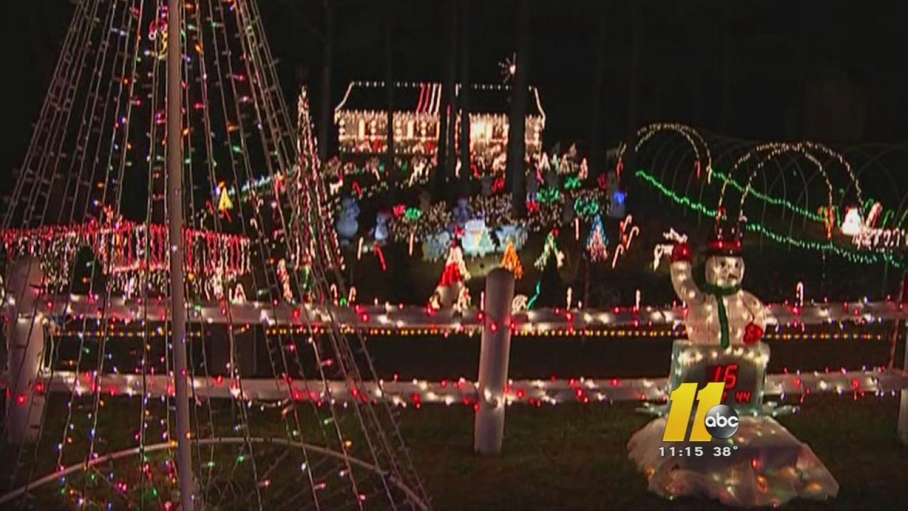 Johnston County family could win big thanks to huge Christmas lights ...