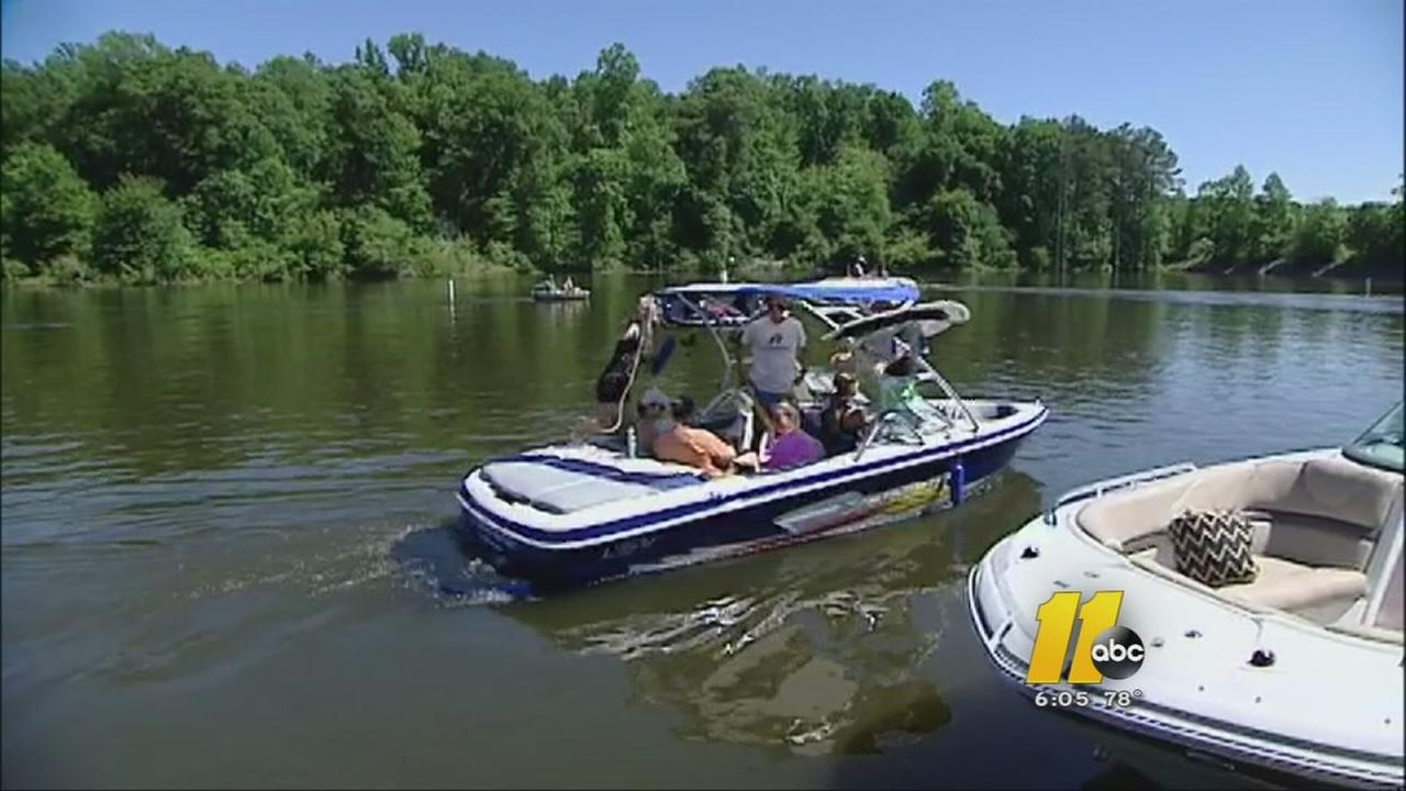 Wildlife Officers make sure boaters follow the law this holiday weekend