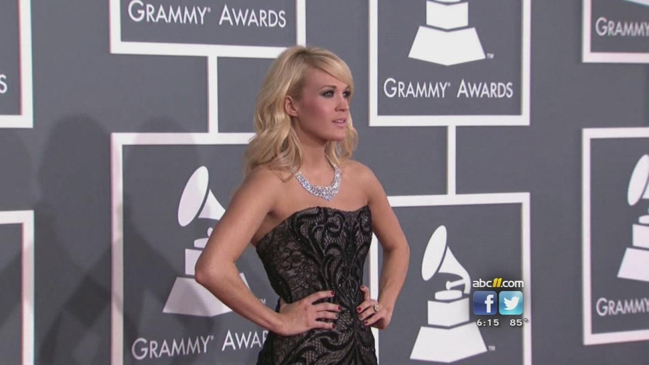 Carrie Underwood gets a scare