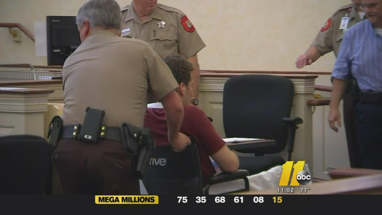 Teen accused of killing 3 in DWI released on bond