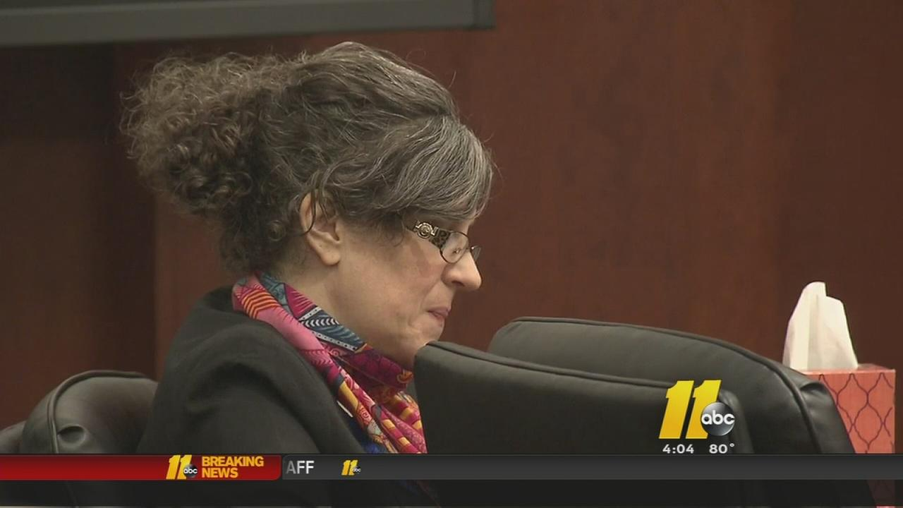 Jury wants closer look at wife on trial for murder