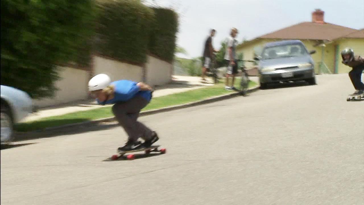 Laguna Beach passes law requiring helmets for skateboarders
