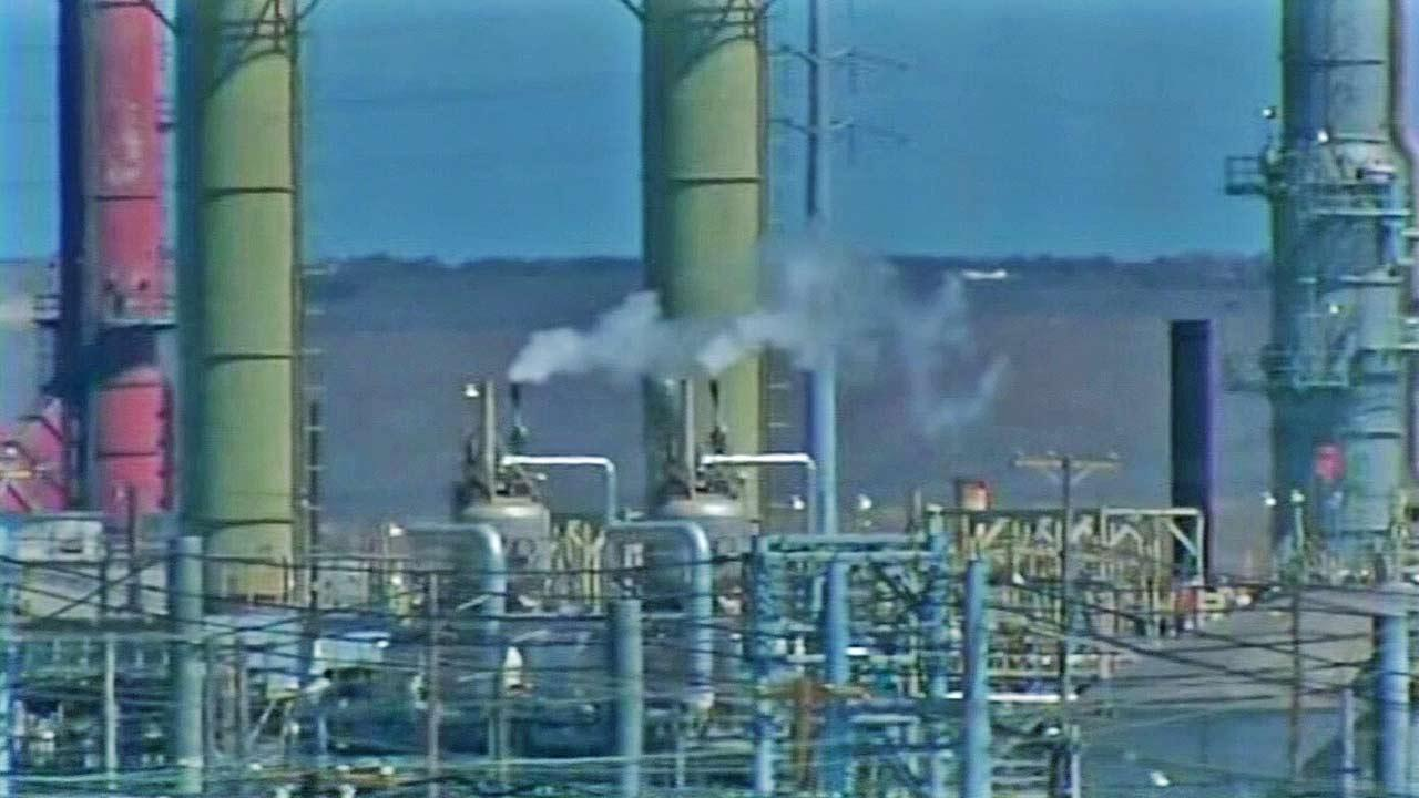California cap-and-trade greenhouse gas emissions bidding begins