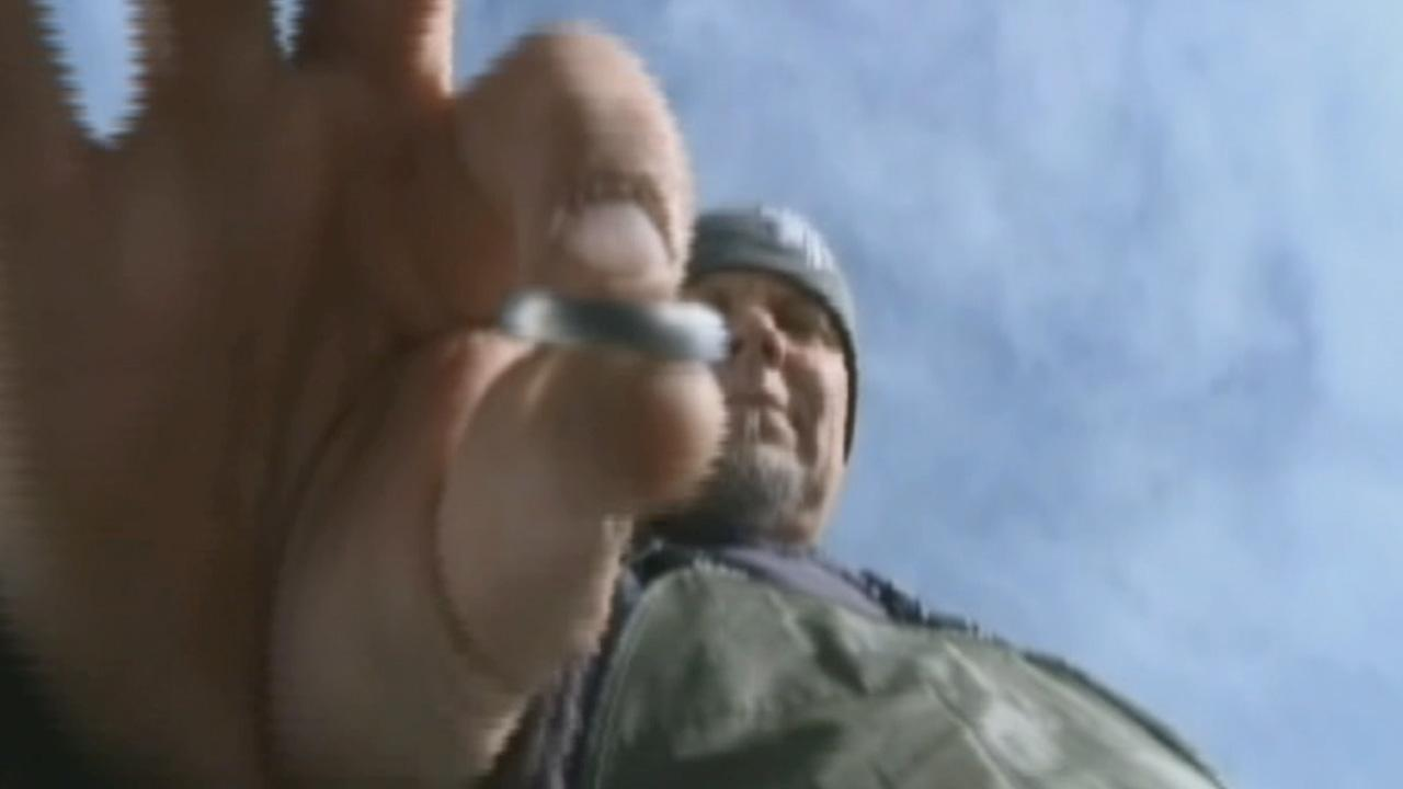 A snow chain installer in Northern California is on a mission to find a man who lost his wedding ring in the snow.