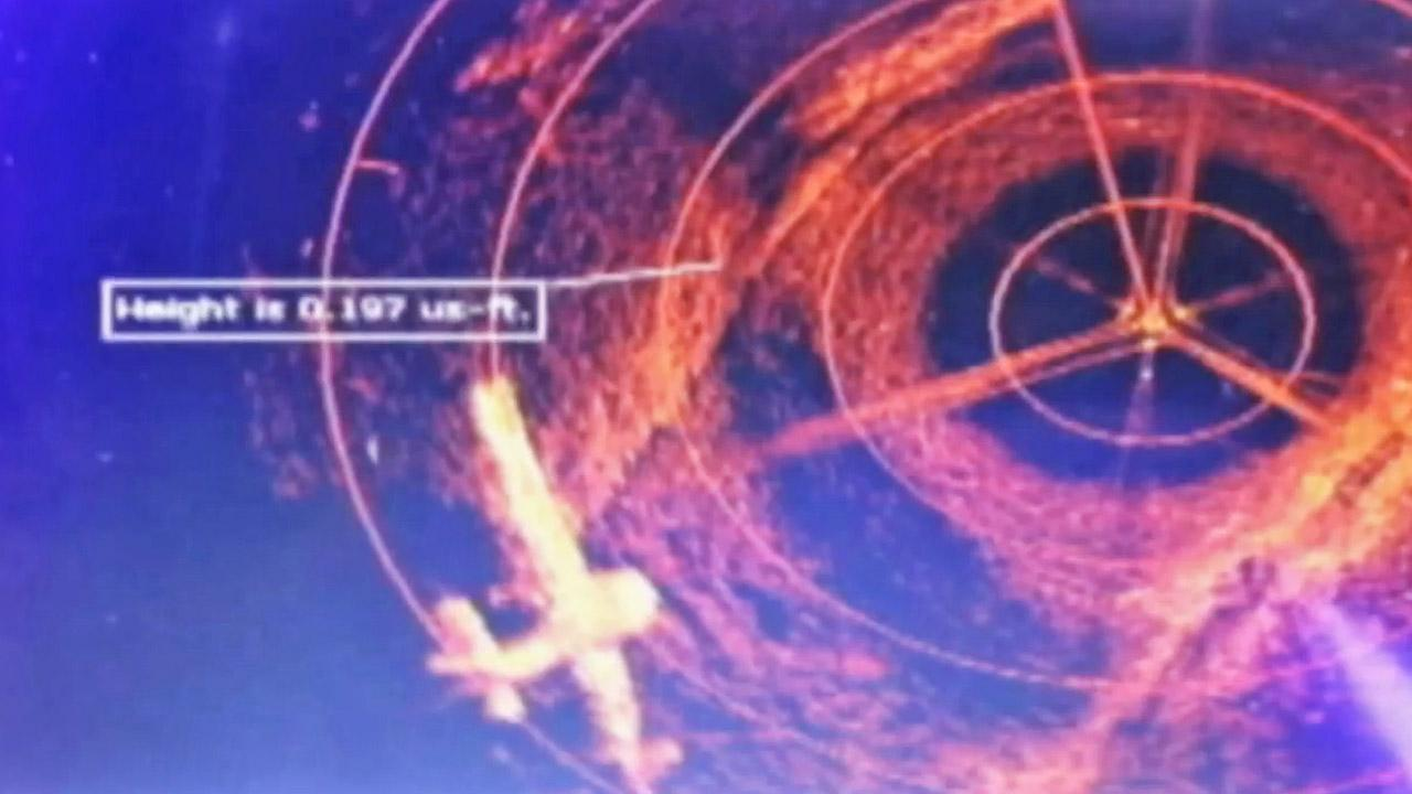 This screen shot shows the outline of an aircraft nearly 100 feet under water in a North Carolina lake.