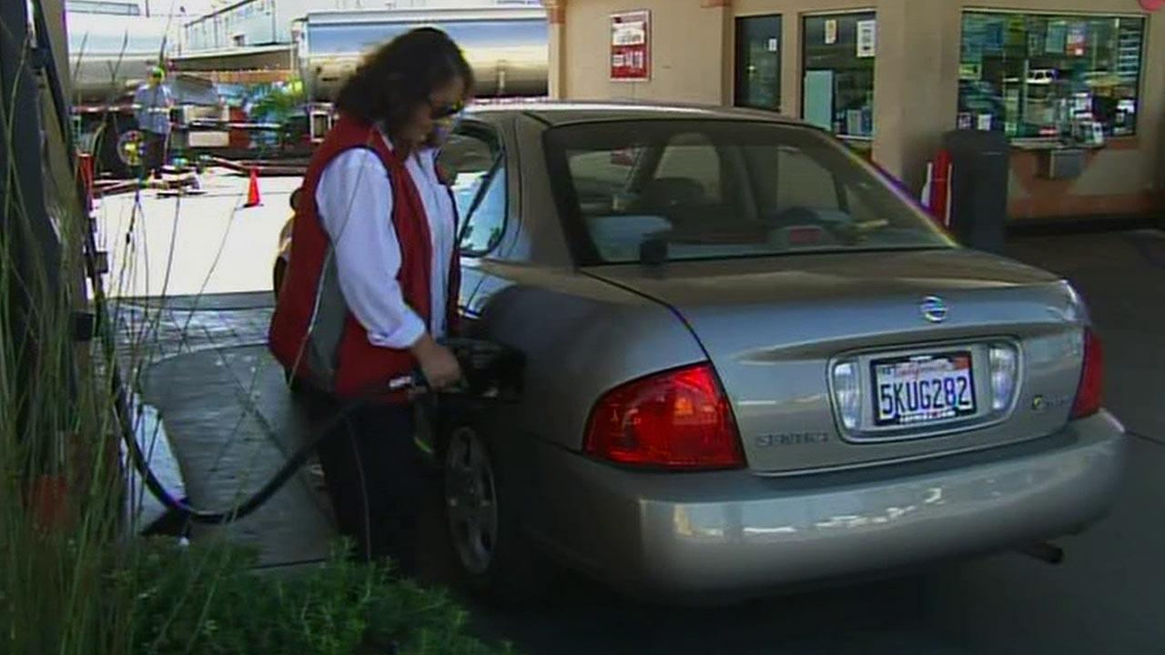 Drivers should prepare to shell out more cash for gas. The price of gas in SoCal rose for the 22nd consecutive day Friday, Feb. 15, 2013.