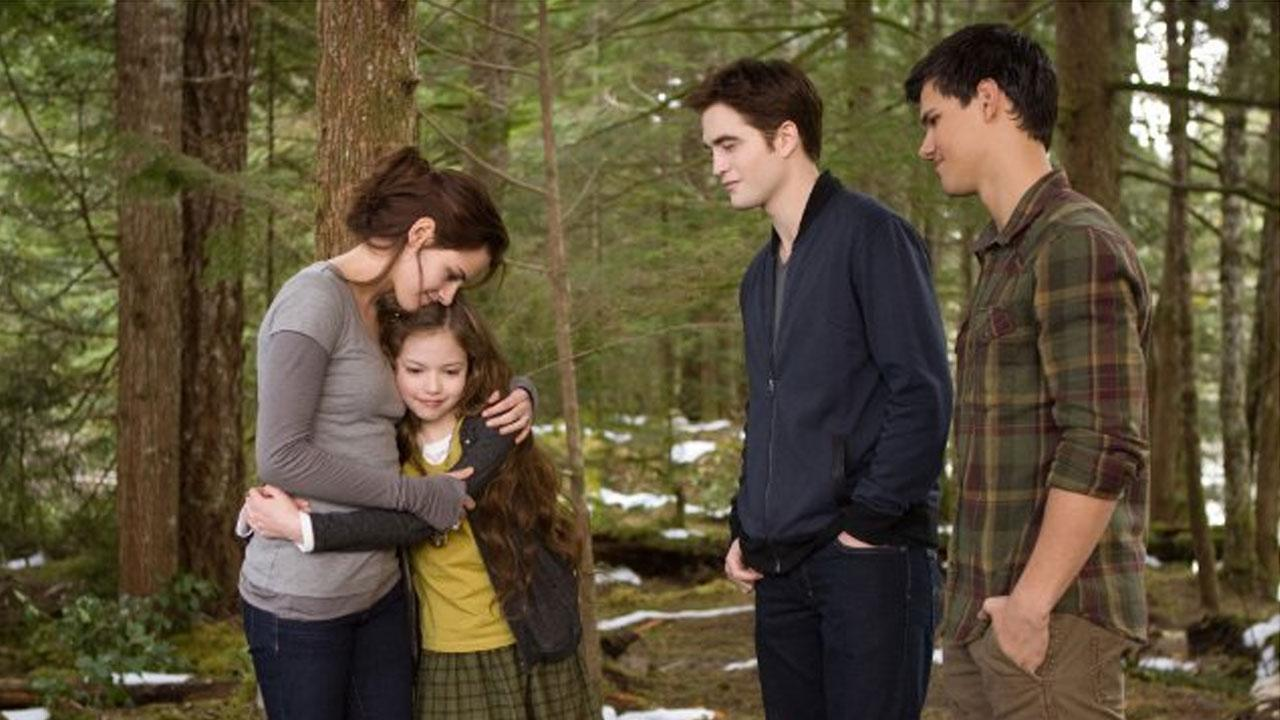 A still image from the film The Twilight Saga: Breaking Dawn - Part 2.