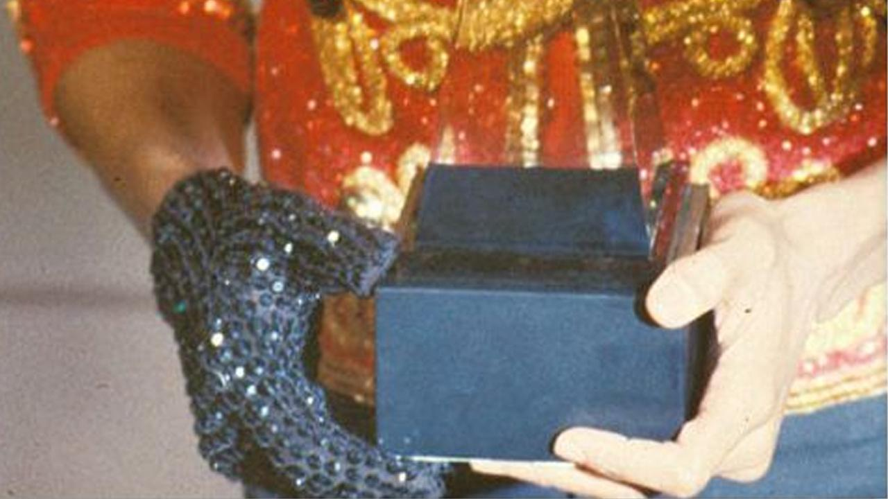 Michael Jacksons crystal-encrusted glove sold at an auction for $199,000.