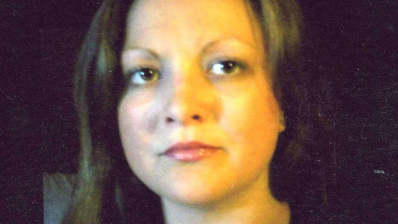 Kimberly Lynn Dow, 30, is seen in this undated photo. Dows body was found in a field in Riverside on Saturday, Oct. 13, 2012.