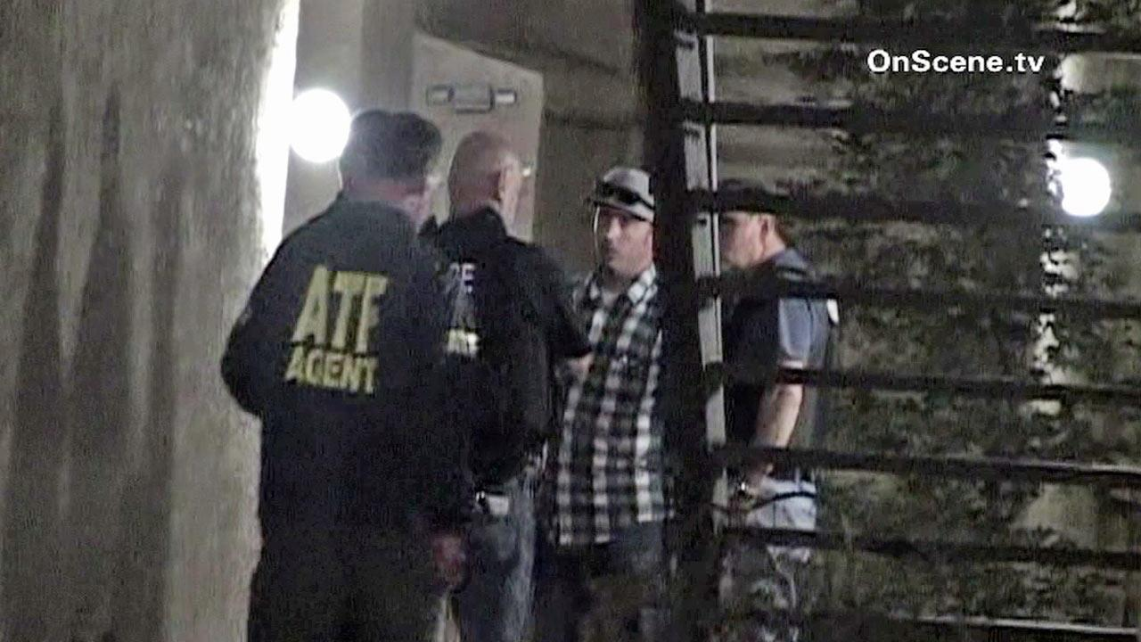Federal agents arrested a man for a parole violation in Long Beach on Tuesday, Oct. 24, 2012.