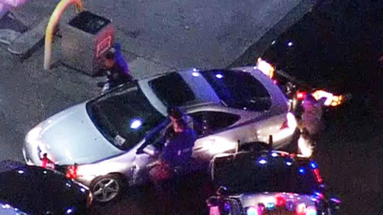 Pursuit suspect arrested after chase ends in Rialto