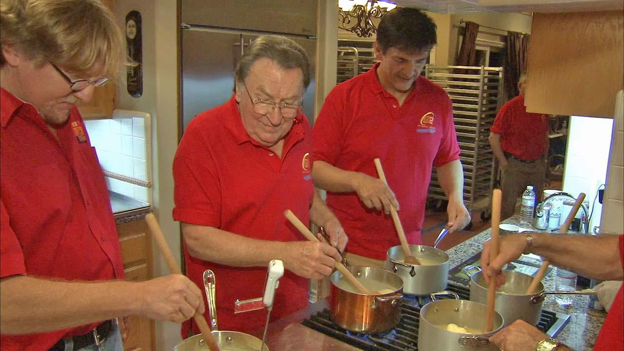 Cooking mouth-watering fudge has turned into a 43-year-old family owned tradition for a Chatsworth family.