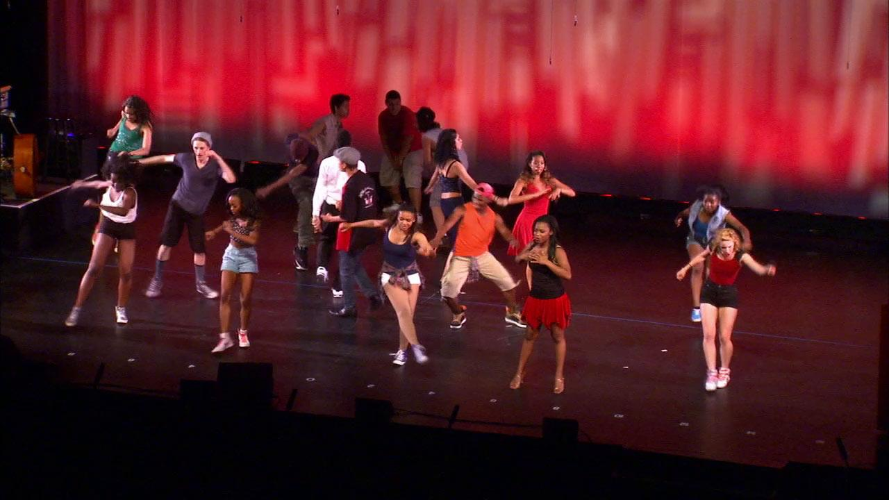 Hollywood High School was crowned the 2013 winner of the prestigious High School Musical Theatre Awards of Los Angeles in Hollywood Sunday, May 19, 2013.