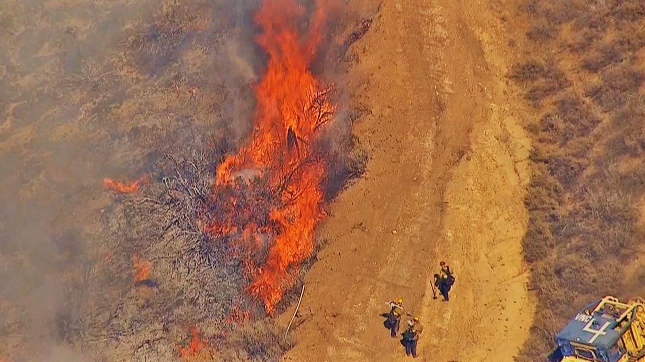 A brush fire burned 30 acres in Simi Valley Thursday afternoon, June 6, 2013.