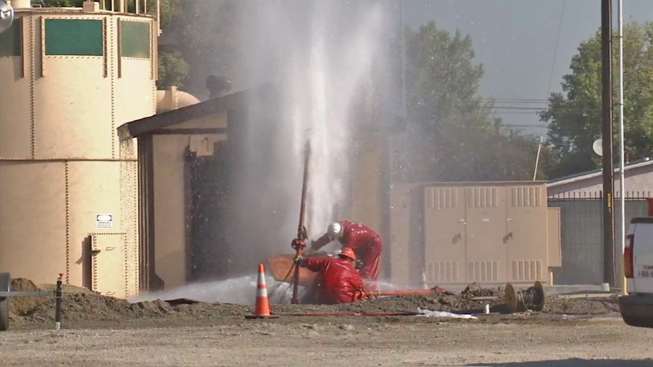 Crews in Hawthorne work to repair a gas leak on Monday, Sept. 16, 2013.