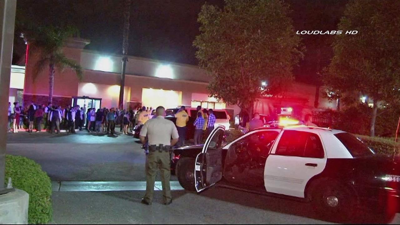 Sheriffs deputies respond to a shooting at the El Rodeo nightclub on the 8800 block of Washington Boulevard in Pico Rivera on Sunday, Sept. 22, 2013.