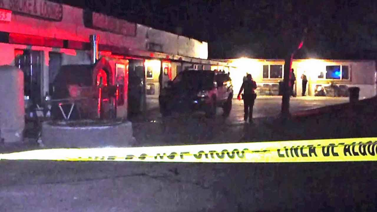 Police respond to Green Cactus Collective on the 36100 block of Sierra Highway in Palmdale following an attempted robbery and shooting Wednesday, Nov. 27, 2013.