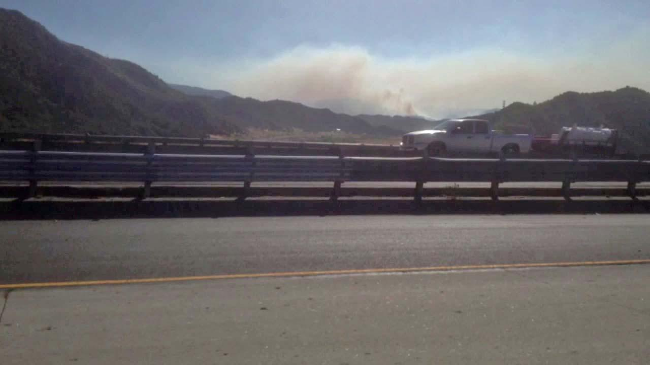 Firefighters hope to have a wildfire burning in Ventura County contained by noon Tuesday.