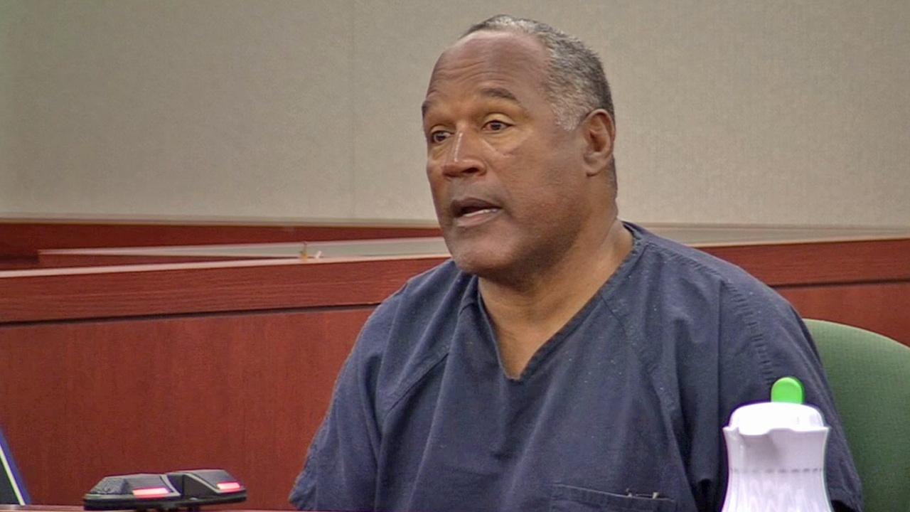 O.J. Simpson testifies during an evidentiary hearing in Clark County District Court, Wednesday, May 15, 2013 in Las Vegas.
