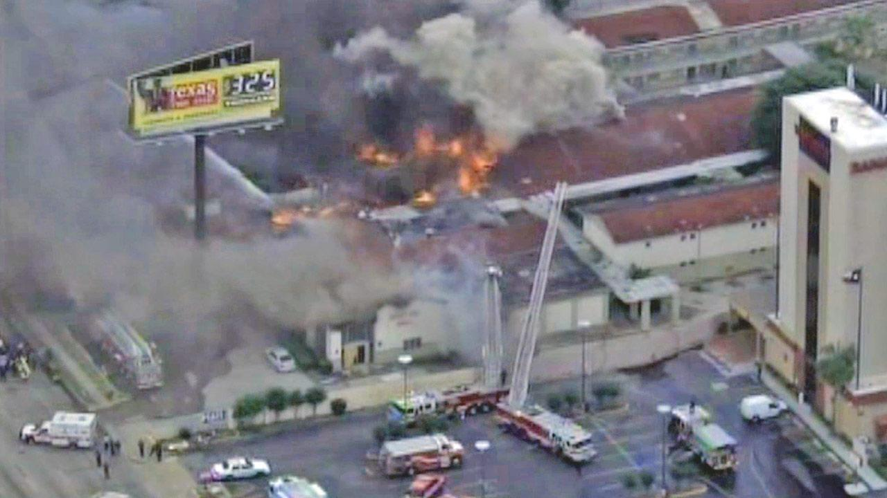 A blaze broke out just after noon Friday, May 31, 2013, at a restaurant and club at the Southwest Inn on U.S. 59, one of Houstons most heavily traveled expressways.