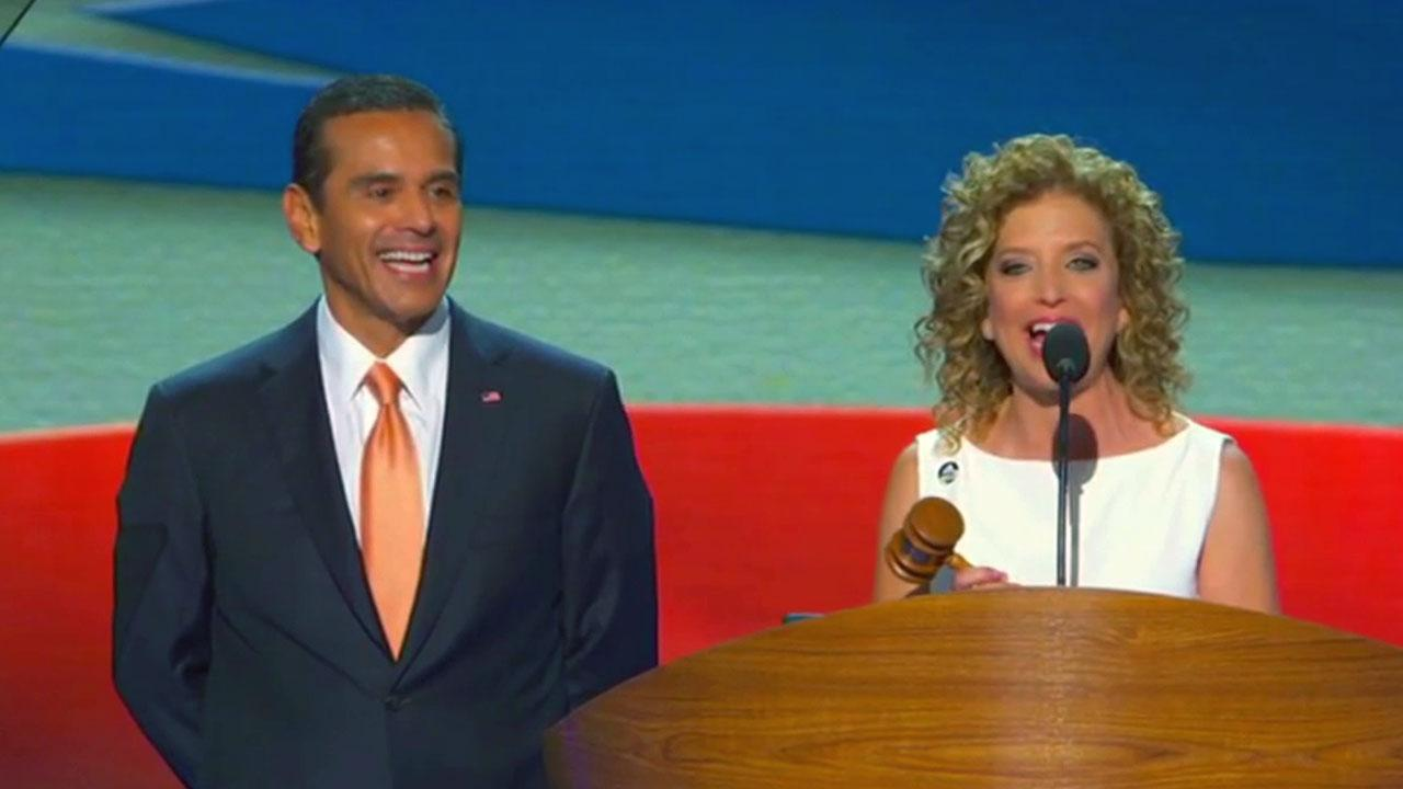 Los Angeles Mayor Antonio Villaraigosa is introduced as chairman of the Democratic National Convention on Tuesday, Sept. 4, 2012.
