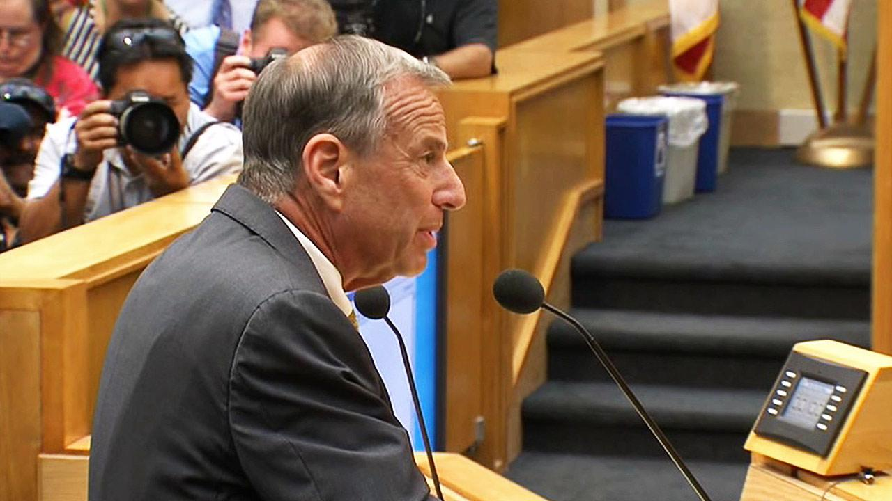San Diego Mayor Bob Filner addresses the San Diego City Council after his resignation was accepted on Friday, August 23, 2013.