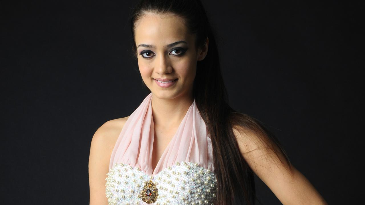 Maria Susana Flores Gamez, a 20-year-old Mexican beauty queen, is seen in this undated file photo. Flores Gamez died Saturday, Nov. 24, 2012, in a gun battle between soldiers and the alleged gang of drug traffickers she was traveling with.