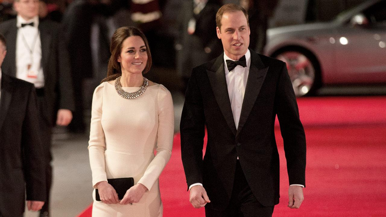 Britains Kate, Duchess of Cambridge and her husband Prince William arrive to attend the UK premiere of the movie Mandela: Long Walk to Freedom at a cinema in London, Thursday, Dec. 5, 2013.