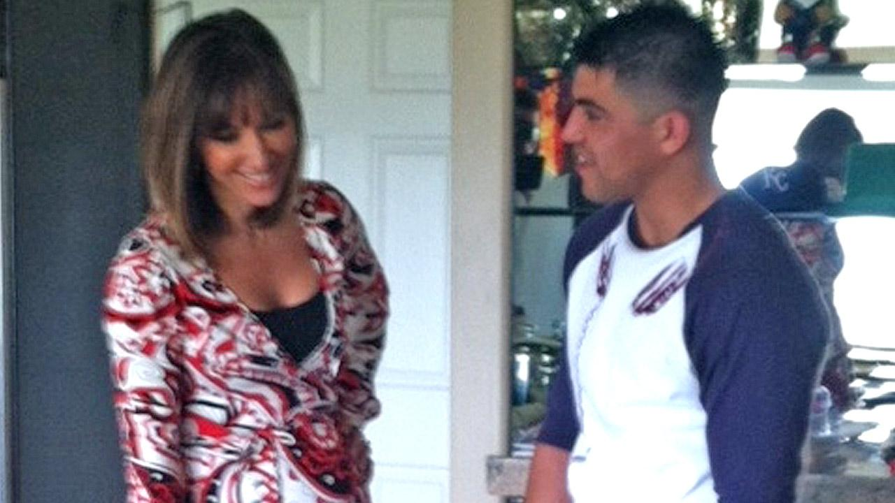 Vista L.A. co-host Jovana Lara speaks with boxing champ Victor Ortiz in an episode of Vista L.A. chich originally aired on Sunday, May 12, 2013.