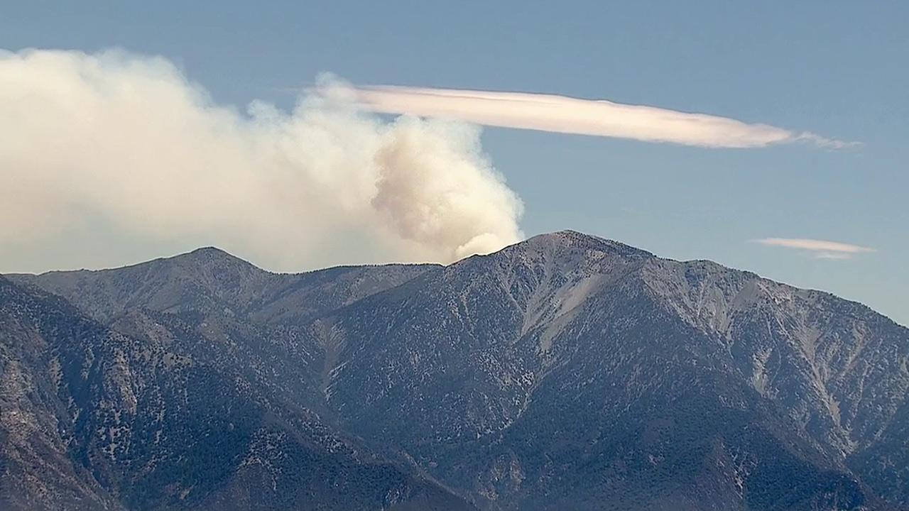 Smoke from the Gobbler Fire in the San Bernardino National Forest is seen on Tuesday, Aug, 20, 2013.