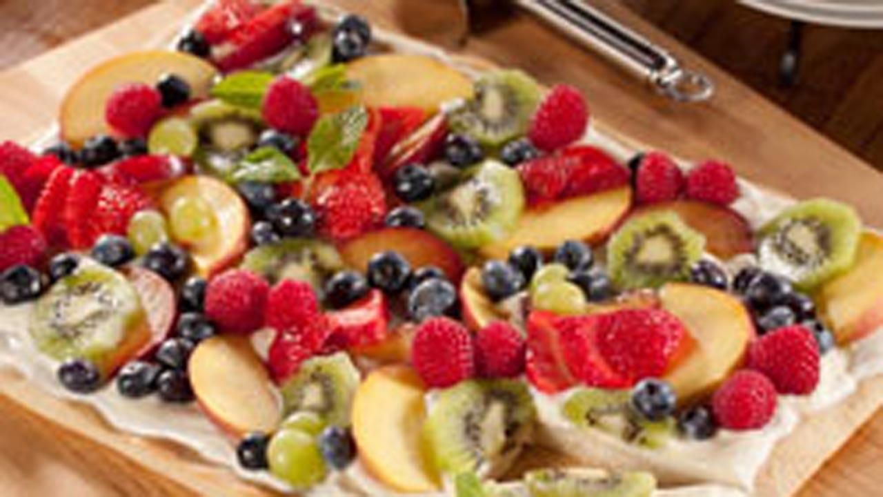 Fresh and Fruity Dessert Pizza