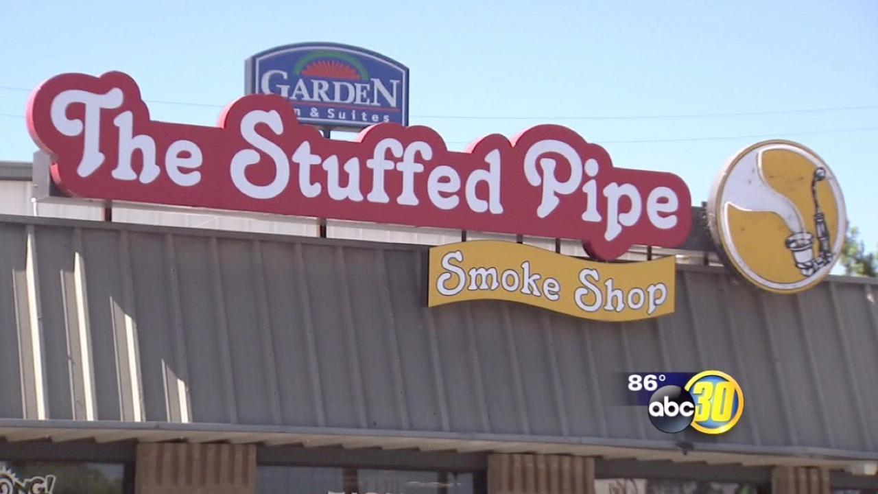 DEA raids the Stuffed Pipe in Northwest Fresno