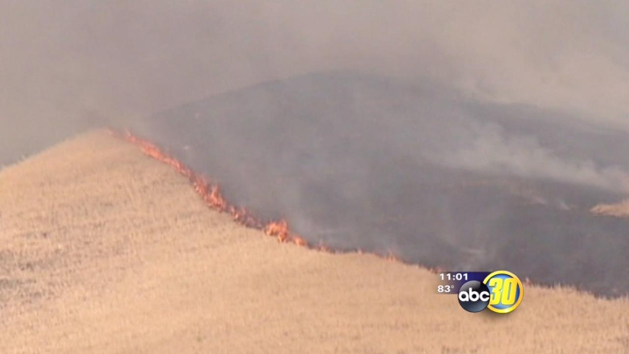 """""""Water Fire"""" burning near I5 on the Grapevine"""