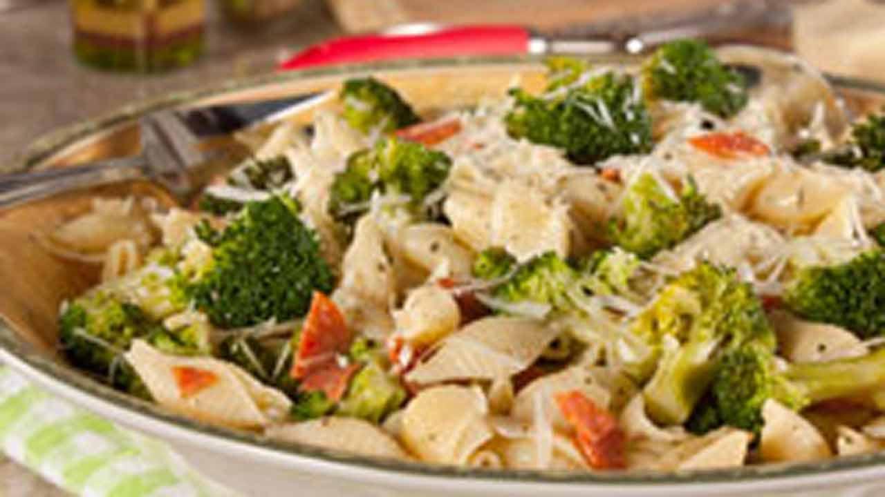 Shells with Broccoli