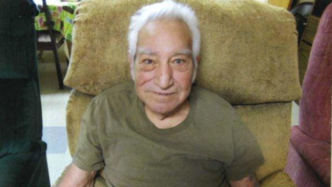 Fresno authorities look for missing elderly man