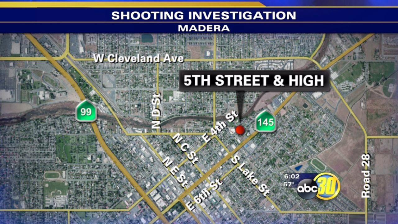 2 people shot while waiting for a taxi in Madera