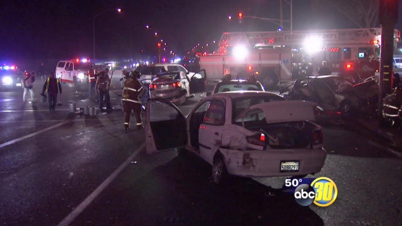 7 injured in Northwest Fresno car crash