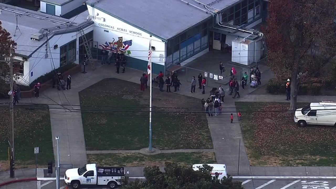 An elementary school in unincorporated Hayward was briefly evacuated Tuesday morning because of a gas leak.